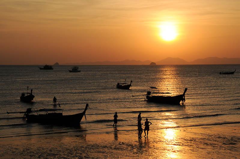 Elternzeit, Reisen mit Babys und Kleinkindern, Thailand, Südostasien, Krabi, Ao Nang Beach, www.wo-der-pfeffer-waechst.de