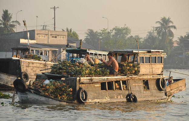 vietnam mekong delta cai rang schwimmende m rkte can tho reiseberichte floating market. Black Bedroom Furniture Sets. Home Design Ideas