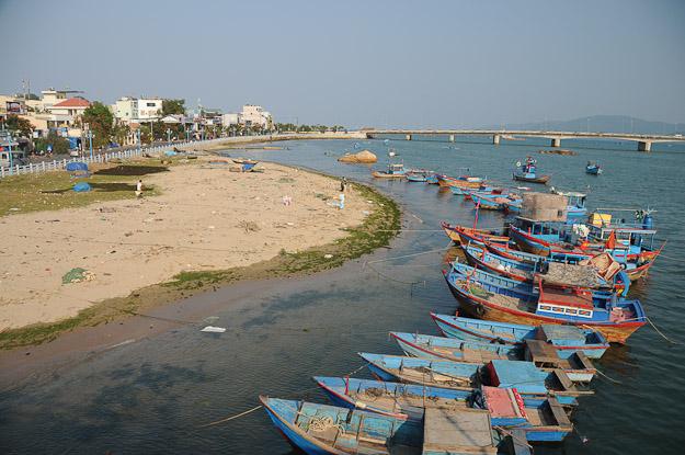 Vietnam, Nha Trang, Fischerboote, www.wo-der-pfeffer-waechst.de