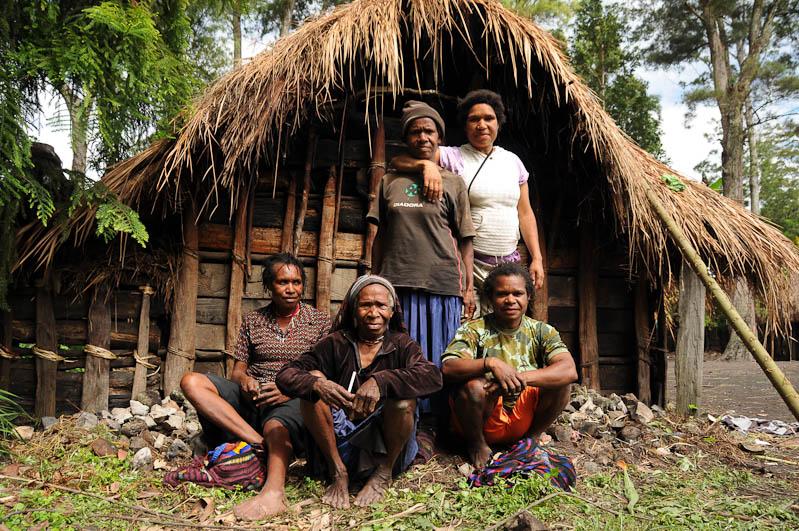 Indonesien, West-Papua, Baliem-Tal, valley, Wamena, Dani, tribe, Stammesdorf, Dorffest, Ostern, Frauen, Reisebericht, www.wo-der-pfeffer-waechst.de