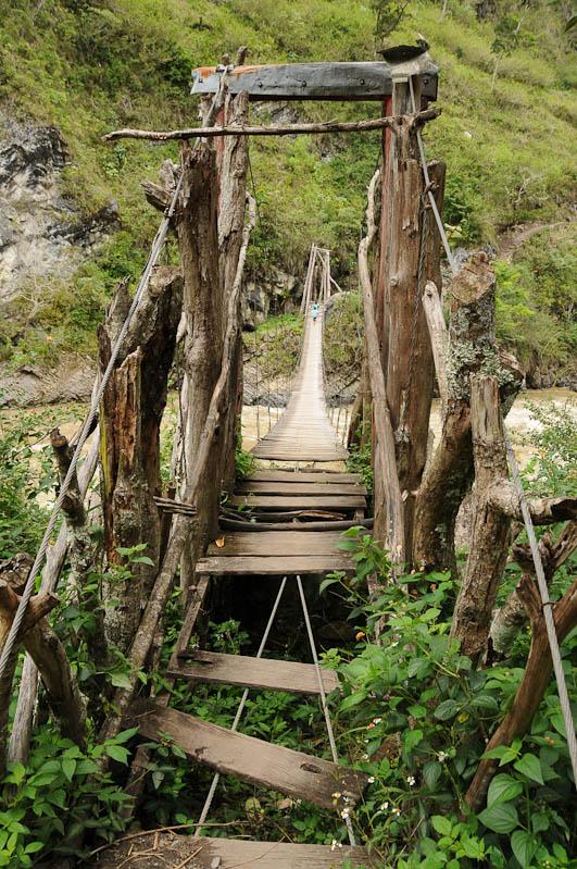 Indonesien, West-Papua, Wamena, Baliem-Tal, valley, Trekking, Stammesdorf, Baliem-Fluss, Brücke, www.wo-der-pfeffer-waechst.de