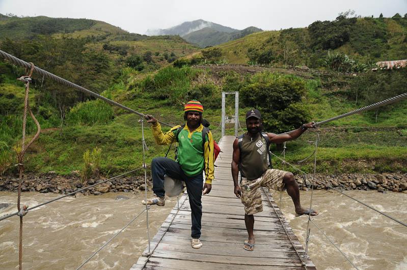 Indonesien, West-Papua, Wamena, Baliem-Tal, valley, Trekking, Tour, Guide, Baliem-Fluss, Hängebrücke, www.wo-der-pfeffer-waechst.de
