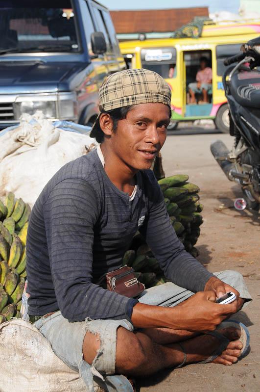 Indonesien, Sumba, Insel, Waikabubak, Markt, Bananen, Reisebericht, www.wo-der-pfeffer-waechst.de