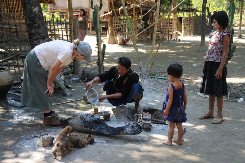 Coffee Mix, Chin tribe, Chin-Dörfer, Volk, Mrauk U, Rakhine-Staat, State, Division, Tour, Lemyo river, Fluss, Myanmar, Burma, Birma, Reisebericht, www.wo-der-pfeffer-waechst.de