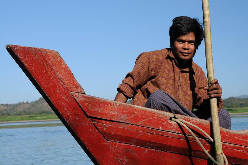 Crew, Boot, boat, Chin tribe, Chin-Dörfer, Volk, Mrauk U, Rakhine-Staat, State, Division, Tour, Lemyo river, Fluss, Myanmar, Burma, Birma, Reisebericht, www.wo-der-pfeffer-waechst.de
