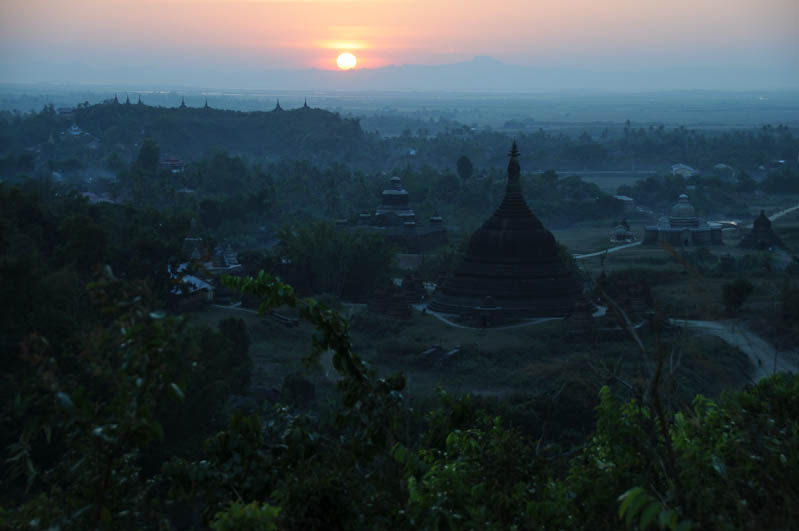 Mrauk U, Sonnenuntergang, sunset, Pagode, pagoda, paya, Rakhine-Staat, State, Division, Myanmar, Burma, Birma, Reisebericht, www.wo-der-pfeffer-waechst.de