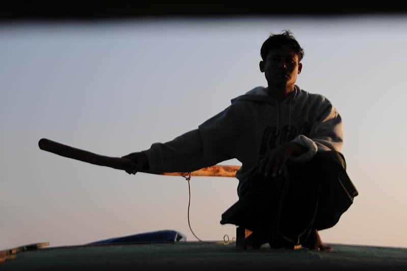 Sittwe, Akyab, Rakhine-Staat, State, Division, Boot, boat, von, nach, to, Mrauk U, Myanmar, Burma, Birma, breiter Kaladan-Fluss, River, Steuermann, Reisebericht, www.wo-der-pfeffer-waechst.de