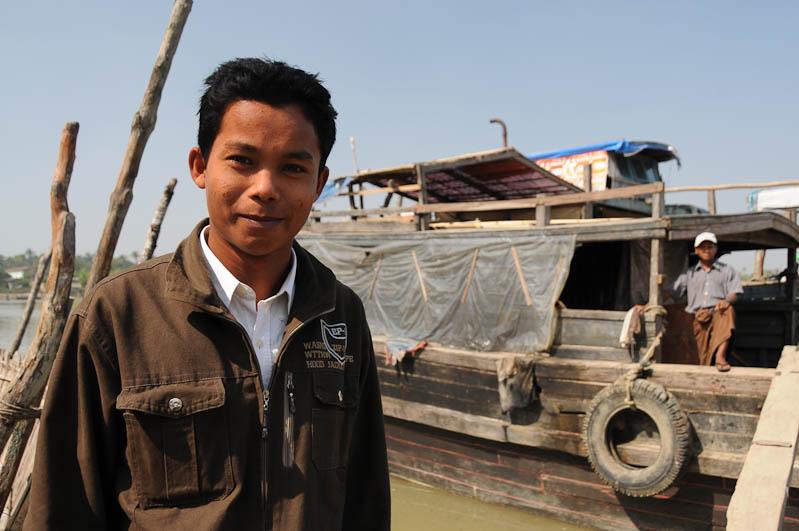 Sittwe, Akyab, Rakhine-Staat, State, Division, Crew, Boot, boat, von, nach, to, Mrauk U, Myanmar, Burma, Birma, Kaladan-Fluss, River, Reisebericht, www.wo-der-pfeffer-waechst.de