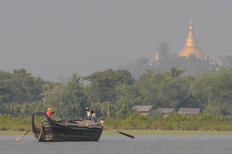 Sittwe, Akyab, Rakhine-Staat, State, Division, Boot, boat, von, nach, to, Mrauk U, Myanmar, Burma, Birma, breiter Kaladan-Fluss, River, goldene Pagoden, Reisebericht, www.wo-der-pfeffer-waechst.de