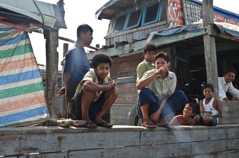 Sittwe, Akyab, Rakhine-Staat, State, Division, Locals, Boot, boat, von, nach, to, Mrauk U, Myanmar, Burma, Birma, Kaladan-Fluss, River, Reisebericht, www.wo-der-pfeffer-waechst.de