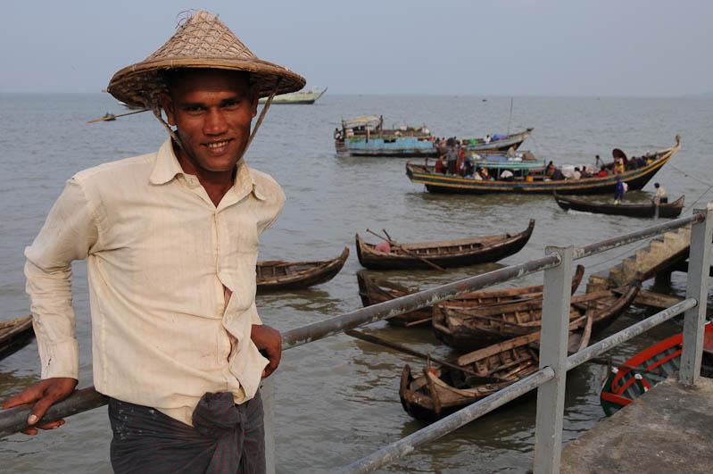 Sittwe, Fischer, Fischmarkt, Akyab, Rakhine-Staat, State, Division, Myanmar, Burma, Birma, Reisebericht, www.wo-der-pfeffer-waechst.de