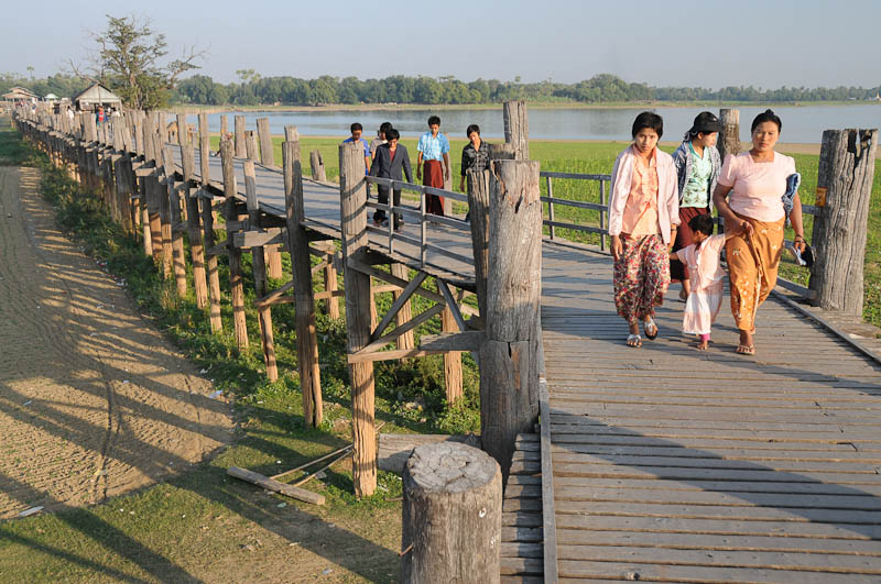 Amarapura, U Bein-Teakholzbrücke, bridge, Mandalay, Myanmar, Burma, Birma, Reisebericht, www.wo-der-pfeffer-waechst.de