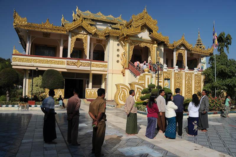 Mandalay, Mahamuni-Pagode, Myanmar, Burma, Birma, Reisebericht, www.wo-der-pfeffer-waechst.de
