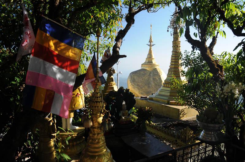 Golden Rock, Goldener Felsen von Kyaiktiyo, Kyaikhtiyo, heiliger Ort, Myanmar, Burma, Birma, Pilgerfahrt, Pagode, Pagoda, buddhhistischer Tempel, Reisebericht, www.wo-der-peffer-waechst.de