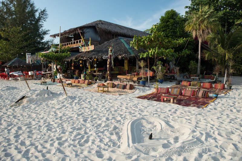 Koh Lipe, Ko Lipe, Thailand, Strandbar, Pattaya Beach, Strände, Reiseberichte, www.wo-der-pfeffer-waechst.de