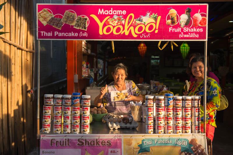 Koh Lipe, Ko Lipe, Thailand, Insel, Walking Street, Streetfood, Fruchtshakes, Fruit, Pancake, Madame Yoohoo, Reiseberichte, www.wo-der-pfeffer-waechst.de
