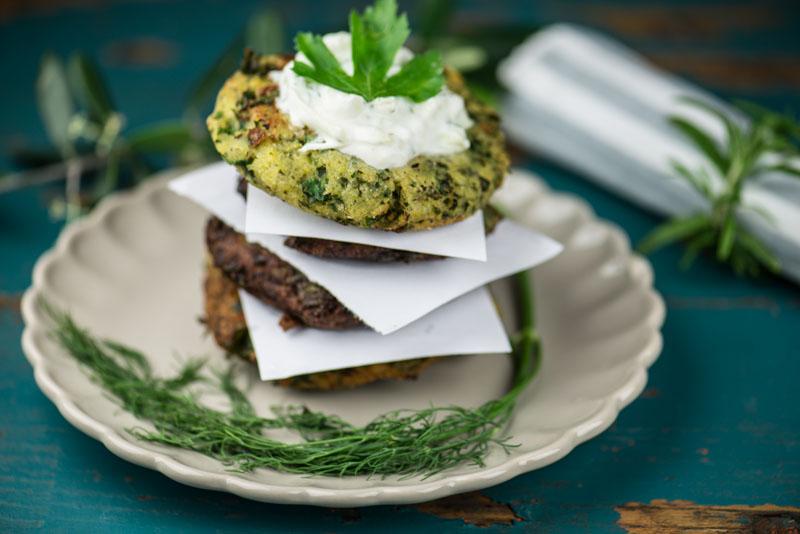 griechische vorspeisen 10 vegetarische mezzedes rezepte wo der pfeffer w chst reisen und. Black Bedroom Furniture Sets. Home Design Ideas