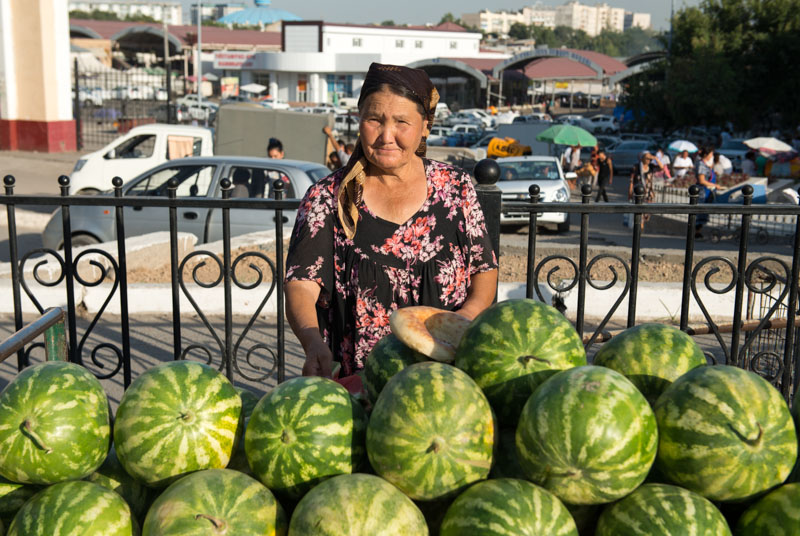 Usbekistan, Uzbekistan, Taschkent, Tashkent, Chorsu-Bazaar, Basar, Tschorsu, Markt, Melonen, Seidenstraße, Reiseberichte, www.wo-der-pfeffer-waechst.de