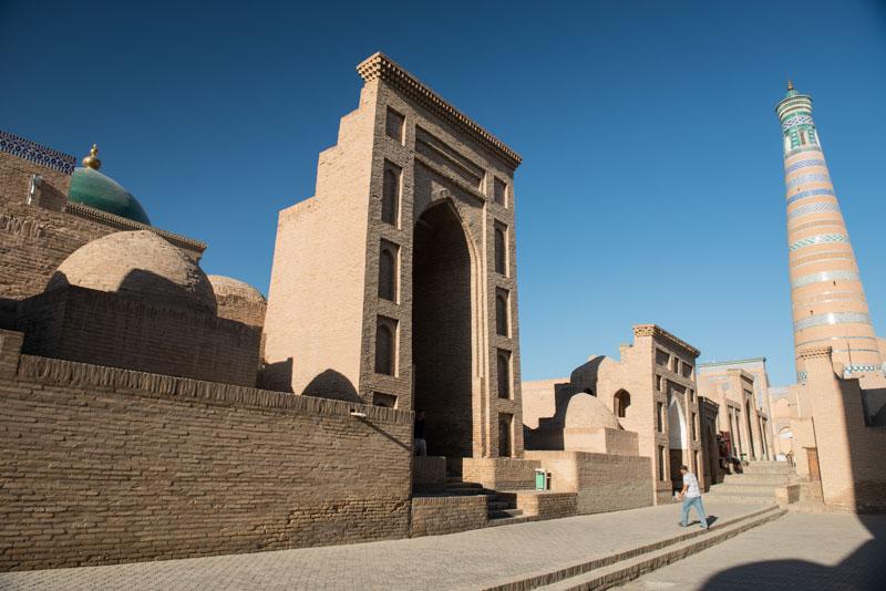Chiwa, Khiva, Chiva, Xiva, Usbekistan, Uzbekistan, Islam-Hodscha-Minarett, Altstadt, Seidenstraße, Reiseberichte, www.wo-der-pfeffer-waechst.de