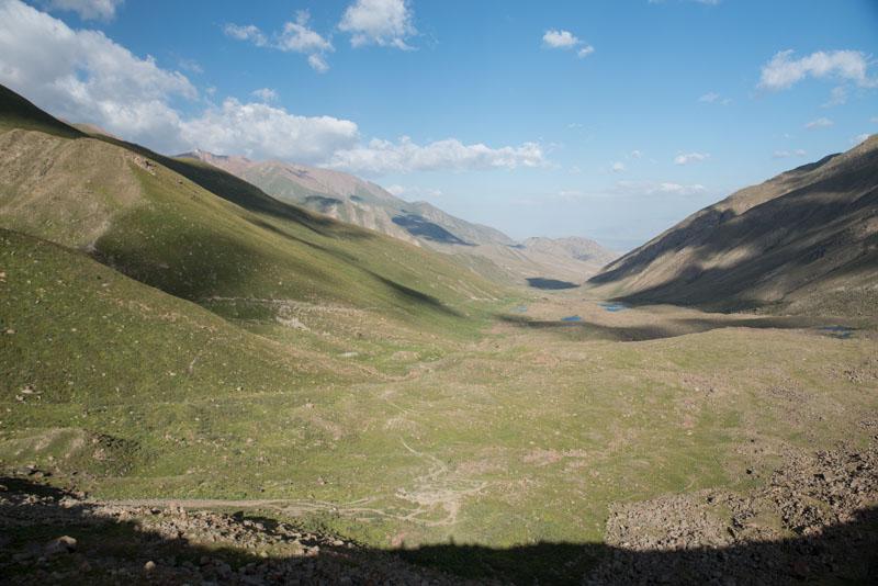Kochkor, Köl-Ükök, See, Lake, Berge, Gebirge, Trekking, Kirgisistan, Kirgistan, Kirgisien, Seidenstraße, Zentralasien, Reiseberichte, www.wo-der-pfeffer-waechst.de