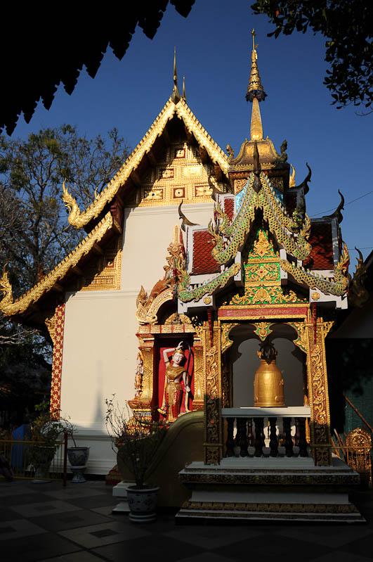 Chiang Mai, Nordthailand, Wat Doi Suthep, buddhistischer Tempel, Reisetipps, Reisen mit Kindern, Babys, Kleinkindern, Elternzeit, Asien, Reiseberichte, Reiseblogger, www.wo-der-pfeffer-waechst.de