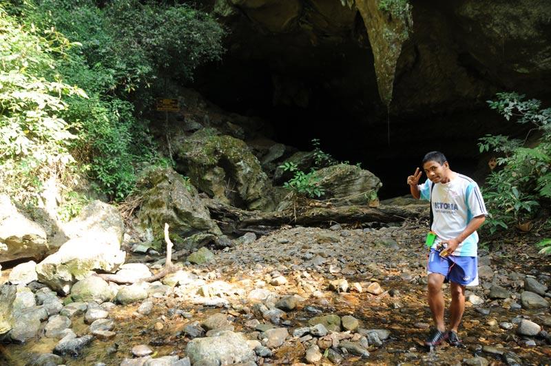 Khao-Sok-Nationalpark, Khao Sok, Rachabrapha-Stausee, Tour, Trekking, Korallenhöhle, Nam Thalu, Tourguide, Urwald, Dschungel, Südthailand, Ausflüge, Touren, Reisetipps, Asien, Reiseberichte, Reiseblogger, www.wo-der-pfeffer-waechst.de