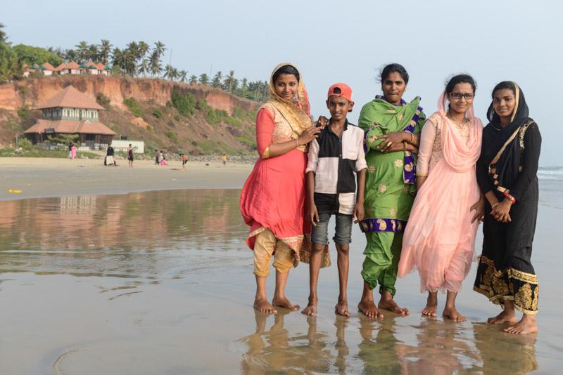 Varkala Beach, Indien, Südindien, Kerala, Strände, South Cliff, Inderinnen, Sari, Reisetipps, Reisen mit Kindern, Rundreisen, Asien, Reiseberichte, Reiseblogger, www.wo-der-pfeffer-waechst.de