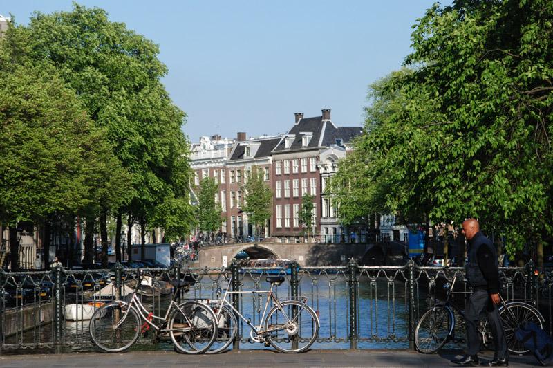 Amsterdam, Städtetrip, Grachtenfahrt, Giebelhäuser, Brücken, Fahrräder, Tour, Stadtbummel, Urlaub, Niederlande, Holland, Sehenswürdigkeiten, Reiseberichte, Blog, www.wo-der-pfeffer-waechst.de