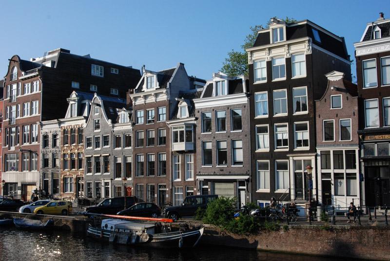 Amsterdam, Städtetrip, Grachtenfahrt, Giebelhäuser, Tour, Stadtbummel, Urlaub, Niederlande, Holland, Sehenswürdigkeiten, Reiseberichte, Blog, www.wo-der-pfeffer-waechst.de