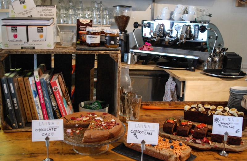 Lavinia, Café, Restaurant, Bar, Amsterdam, Städtetrip, Essen, Trinken, vegetarisch, vegan, Stadtbummel, Urlaub, Niederlande, Holland, Reiseberichte, Blog, www.wo-der-pfeffer-waechst.de