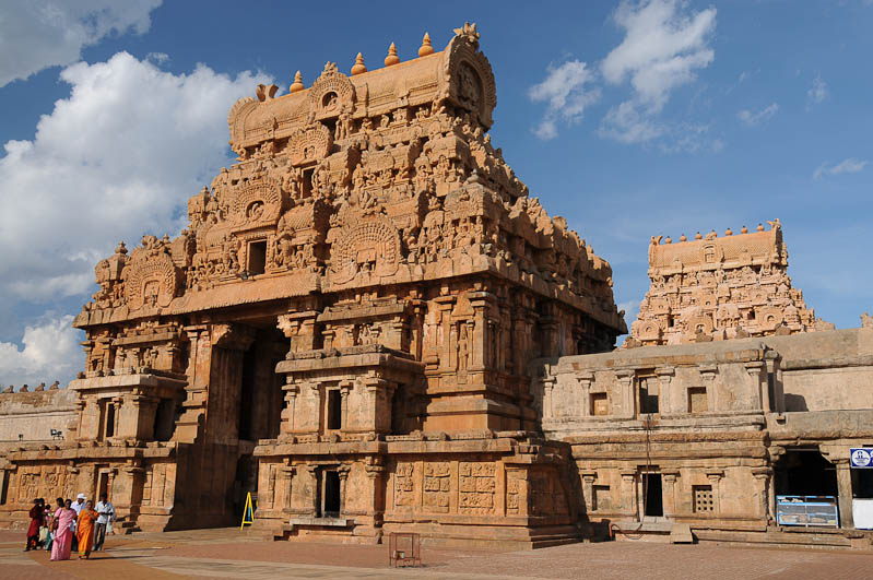 Thanjavur, Tanjore, Brihadishvara-Tempel, Gopuram, Tamil Nadu, Tempeltour, Südindien, Reisetipps, Rundreisen, Asien, Reiseberichte, Reiseblogger, www.wo-der-pfeffer-waechst.de