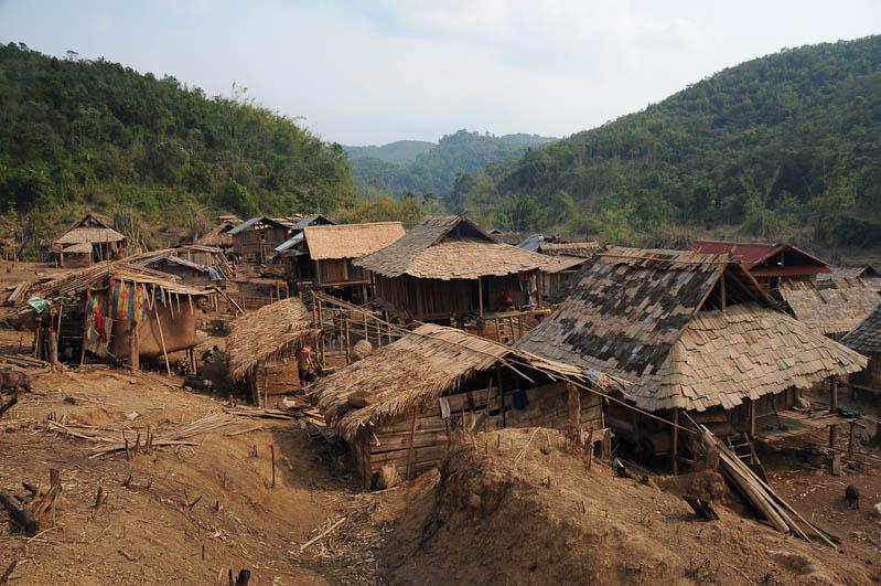 Laos, Nordlaos, Vieng Phouka, Vieng Phoukha, Trekkingtour, Bergvölker, Hill Tribes, Akha Trail, Akha, Stammesdorf, Bergdorf, Reisetipps, Rundreisen, Asien, Reiseberichte, Reiseblogger, www.wo-der-pfeffer-waechst.de