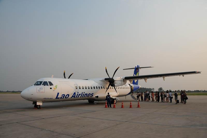 Lao Airlines, Laos, Inlandflüge, Inlandsflüge, domestic flights, Luang Prabang, Luang Phrabang, Louangphrabang, Airport, Flughafen, Reisetipps, Rundreisen, Asien, Reiseberichte, Reiseblogger, www.wo-der-pfeffer-waechst.de