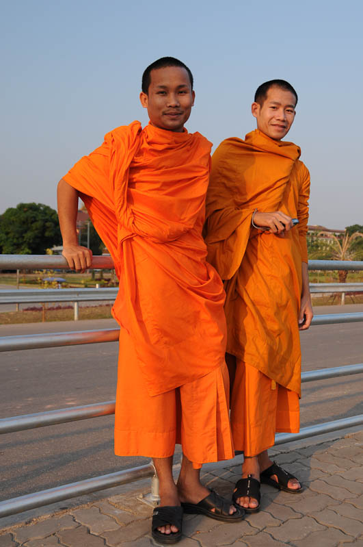 Vientiane, Laos, Hauptstadt, buddhistische Mönche, Reisetipps, Rundreisen, Asien, Reiseberichte, Reiseblogger, www.wo-der-pfeffer-waechst.de