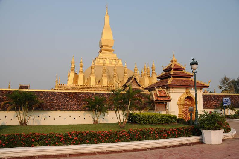 Vientiane, Laos, Hauptstadt, Wat, That Luang, Goldener Stupa, Nationalheiligtum, buddhistisches Kloster, Tempel, Buddha, Reisetipps, Rundreisen, Asien, Reiseberichte, Reiseblogger, www.wo-der-pfeffer-waechst.de