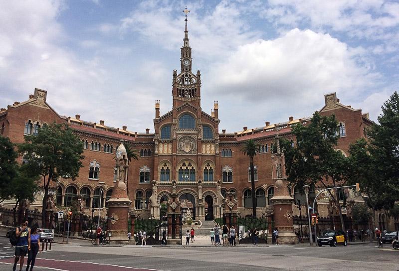 Barcelona, Hospital de la Santa Creu i Sant Pau, Krankenhaus, Reise nach Barcelona, Städtetrip, Städtereise, Wochenende, Reisetipps, Urlaub, Spanien, Katalonien, Hauptstadt, Sehenswürdigkeiten, Reiseberichte, Blog, www.wo-der-pfeffer-waechst.de