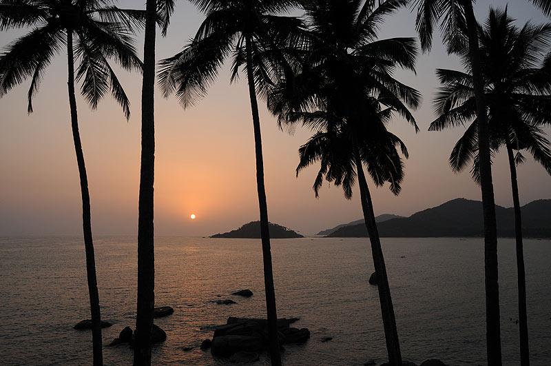 Sonnenuntergang, sunset, Palolem Beach, Goa Beach Guide, die schönsten Strände von Norden nach Süden, Strand, best beaches, Nordgoa, Südgoa, Indien, India, Beach-Hopping, Reisen mit Kindern, Indien mit Kindern, Südasien, Bilder, Fotos, Reiseberichte, www.wo-der-pfeffer-waechst.de