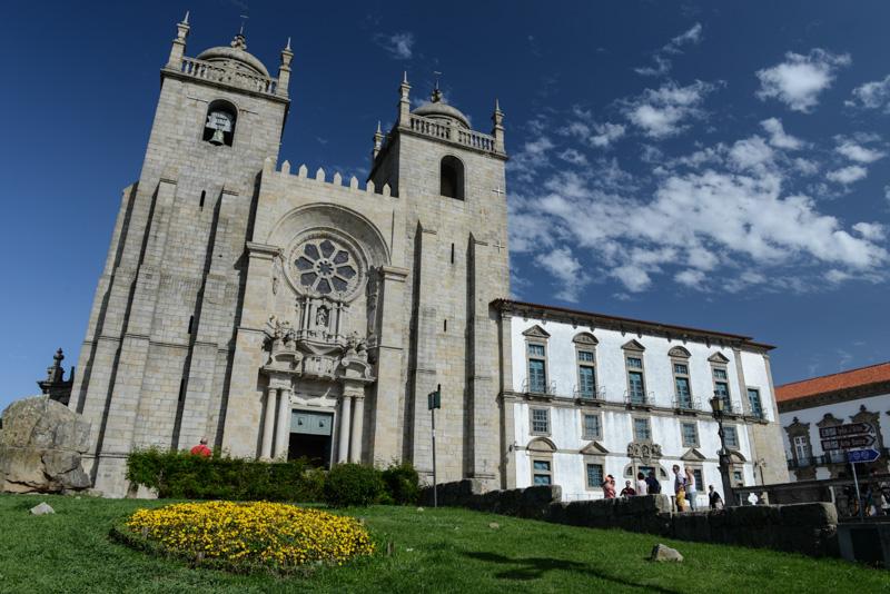 Porto, Portugal, Städtetrip, Kathedrale, Kirche, Reisen mit Kindern, Sehenswürdigkeiten, Südeuropa, Bilder, Fotos, Reiseberichte, Sommerurlaub, www.wo-der-pfeffer-waechst.de