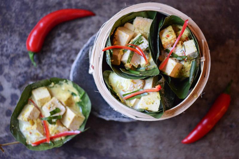 Amok, Rezept für Tofu-Amok, vegetarisches Curry aus Kambodscha, veganes, Rezepte, Khmer, Kochen, Gerichte, Speisen, Essen, Zutaten, Küche, Reise- und Food-Blog, www.wo-der-pfeffer-waechst.de