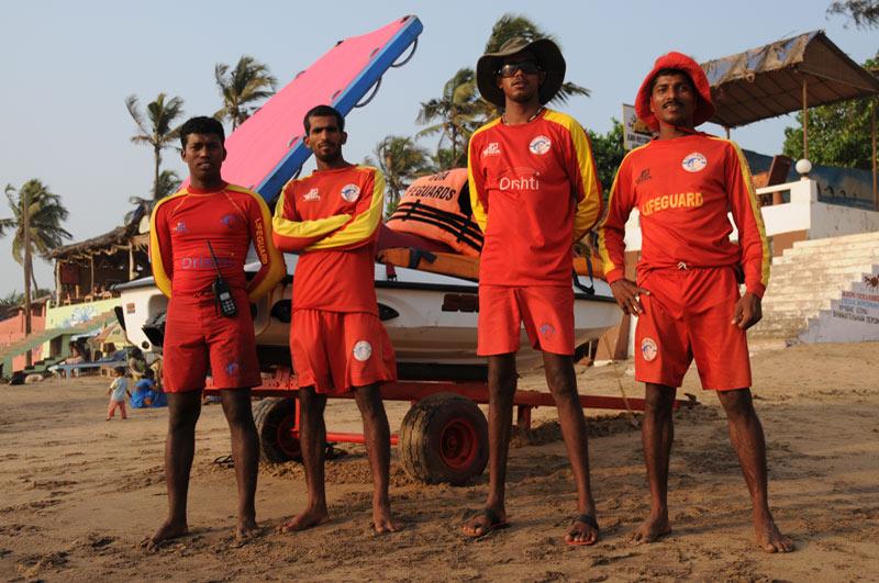 Anjuna Beach, Rettungsschwimmer, lifeguard, Strand, Strände, Goa, Indien, India, Reiseberichte, Südasien, Bilder, Fotos, www.wo-der-pfeffer-waechst.de