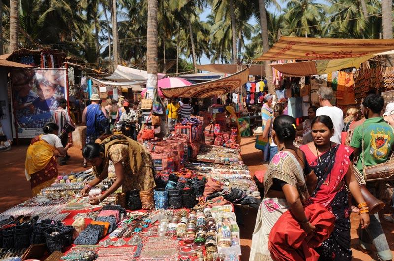Anjuna-Flohmarkt, fleamarket, Schmuck, Anjuna Beach, Goa, Strand, Strände, Indien, India, Reiseberichte, Südasien, Bilder, Fotos, www.wo-der-pfeffer-waechst.de