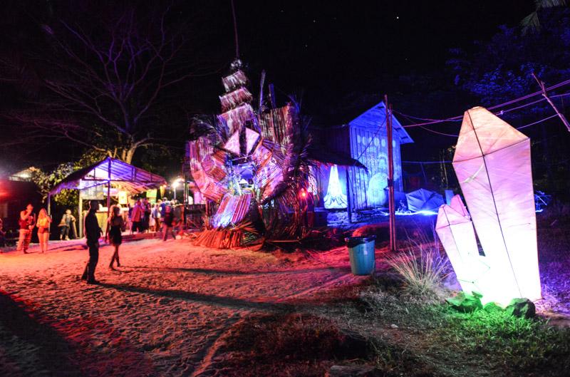 Koh Rong Police Beach Party, Insel, Kambodscha, Strand, Lichtinstallation, Cambodia, Südostasien, Bilder, Fotos, Reiseberichte, www.wo-der-pfeffer-waechst.de