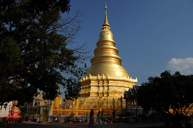 Elternzeit, Reisen mit Babys und Kleinkindern, Thailand, Südostasien, Lamphun, Tempel, www.wo-der-pfeffer-waechst.de