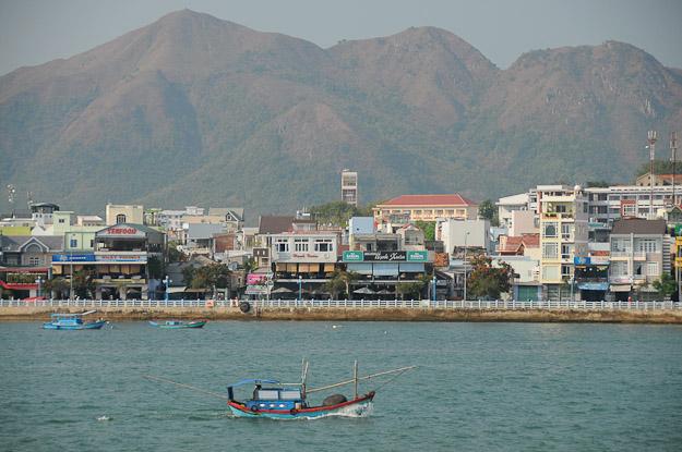Vietnam, Nha Trang, Berge, www.wo-der-pfeffer-waechst.de