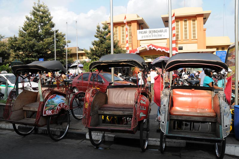 Yogyakarta, Java, Pasar Beringharjo, Markt, market, Becak, Fahrradrikscha, Indonesien, Reiseberichte, Foto: Heiko Meyer, www.wo-der-pfeffer-waechst.de