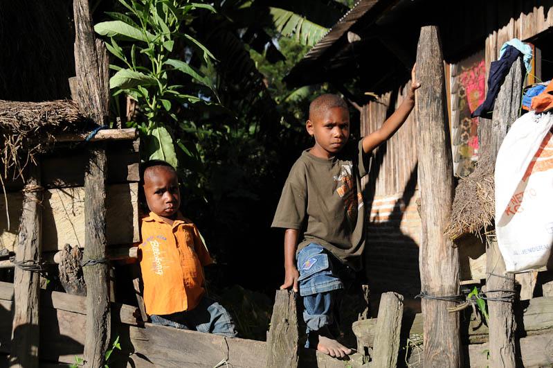 Indonesien, West-Papua, Baliem-Tal, valley, Wamena, Dani, tribe, Stammesdorf, Dorffest, Ostern, Kinder, Reisebericht, www.wo-der-pfeffer-waechst.de