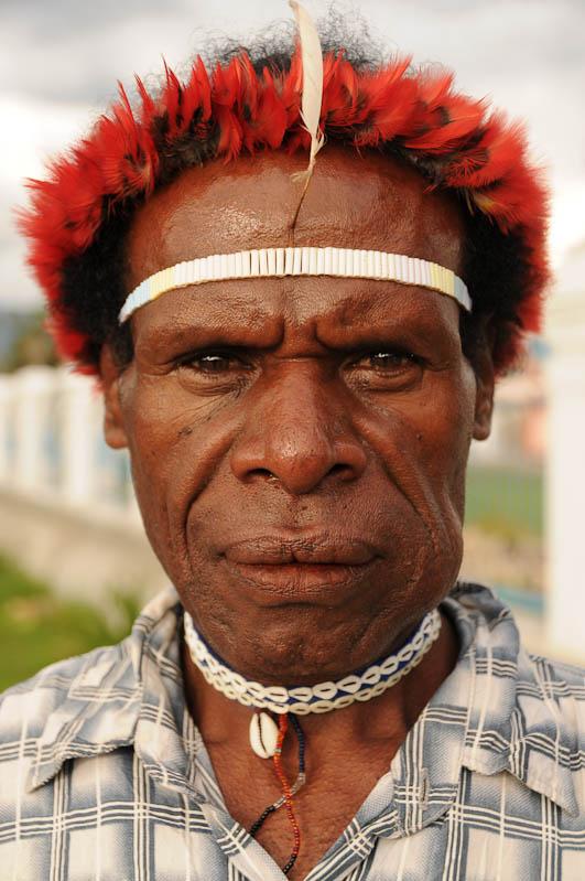 Indonesien, West-Papua, Baliem-Tal, valley, Wamena, Ureinwohner, Kopfschmuck, Betelnuss, Reisebericht, www.wo-der-pfeffer-waechst.de