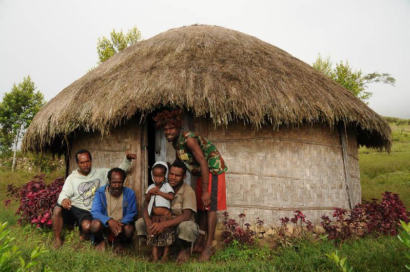 Indonesien, West-Papua, Wamena, Baliem-Tal, valley, Trekking, Rundhütte, übernachten, homestay, www.wo-der-pfeffer-waechst.de