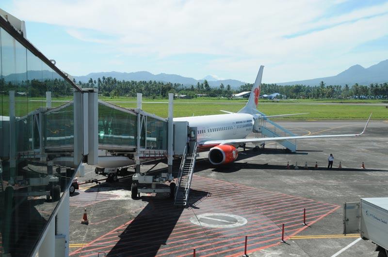 Flughafen Manado, Sam-Ratulangi-Airport, Nord-Sulawesi, Indonesien, Indonesia, Reiseberichte, Foto: Heiko Meyer, www.wo-der-pfeffer-waechst.de