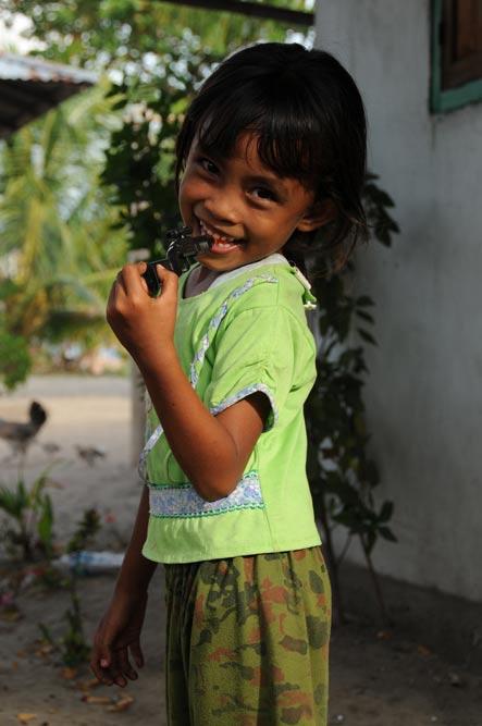 Pulau Siladen, Island, Insel, Kinder, Nord-Sulawesi, Indonesien, Indonesia, Reiseberichte, Foto: Heiko Meyer, www.wo-der-pfeffer-waechst.de